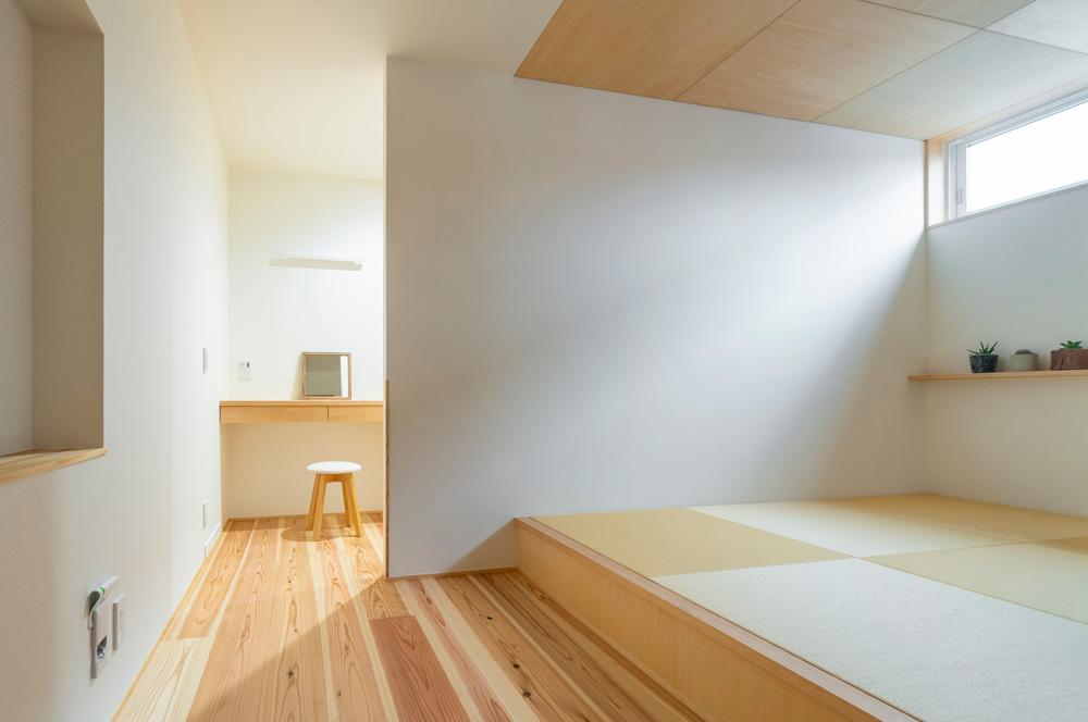 小上がりの寝室